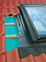 ESW, EZW, EHW, ELW típusú burkolókeretek hőszigetelő tetőkibúvó ablakokhoz